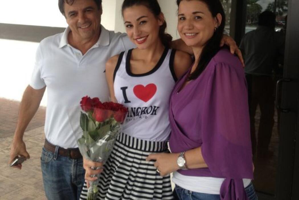 ¡Feliz Día de San Valentín para la familia Bolívar!