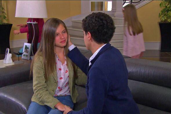 El amor de Alicia regresó de su viaje y pasó a a saludar a...