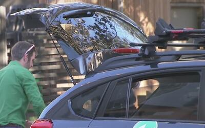 Houston presenta el lanzamiento de Zipcar, alternativa de alquiler de ve...