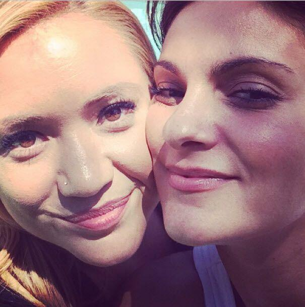 """Almas gemelas"", así tituló esta 'selfie' Marian..."