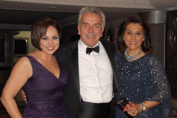 El actor José Elías Moreno y su esposa fueron padrinos de...