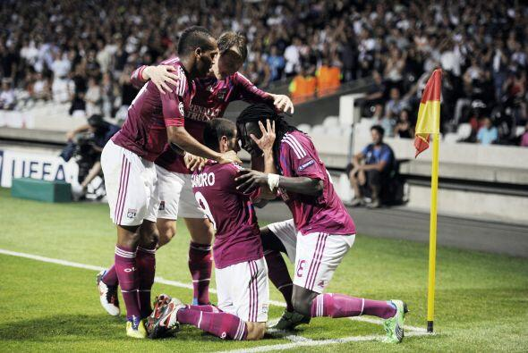 Más tarde, un gol de Briand selló el triunfo del Lyon, con una ventaja q...