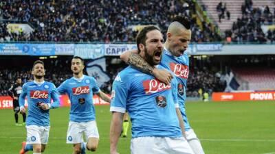 Nápoles y Juventus ganan en la Serie A