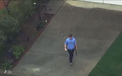 'Área de la Bahía en un Minuto': arrestan a un hombre armado en Oakland...