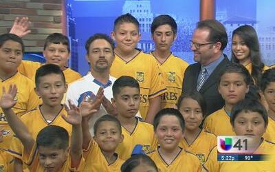 Club Tigres sacan la garra para Copa Univision