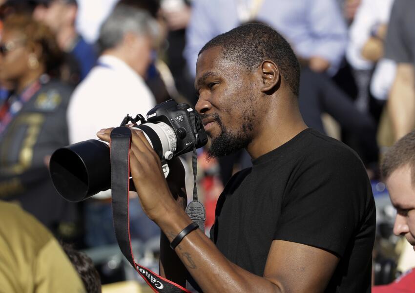 Kevin Durant, jugador de los Oklahoma City Thunder, vivió el Super Bowl...