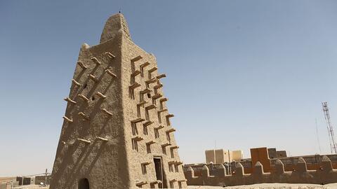 Los yihadistas atacaron los mausoleos de la legendaria ciudad de Tombuct...
