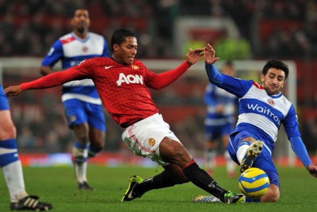 Pero ya con la ventaja a su favor, Manchester siguió apostando por el at...
