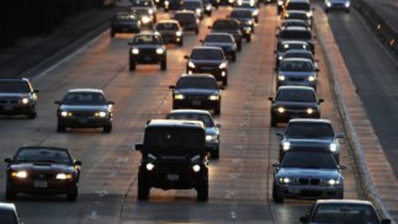 Evite manejar por la zona: Habrá múltiples desvíos y cierres.