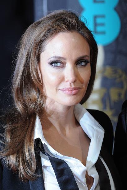 Por su parte, Angelina optó por un maquillaje con el que logr&oac...