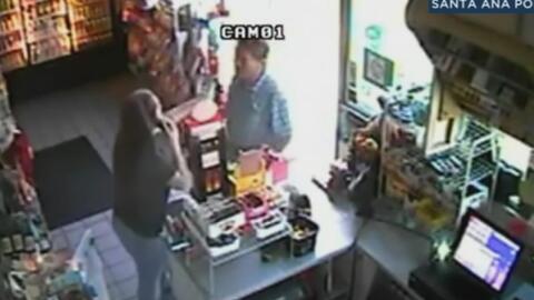 Cliente enfurecido atacó a la empleada de una gasolinera en California y...