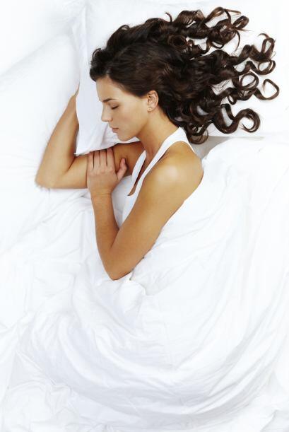 'Don't': dormir con el cabello suelto si tienes piel grasa, porque conti...