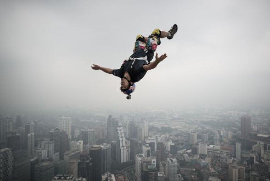 Vincent Philippe Benjamin Reffet saltó desde la Torre de Kuala Lumpur de...