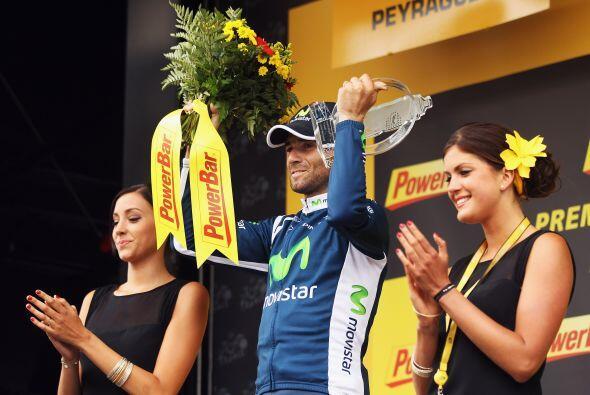 Alejandro Valverde del equipo Movistar se impuso en la decimoséptima eta...