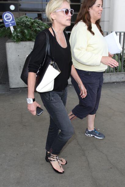 Sharon Stone sabe que no habrá mejor calzado para el verano que l...