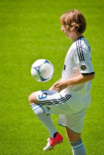 Ahí se le pudo ver haciendo jueguito con la pelota, mostrando su clase y...