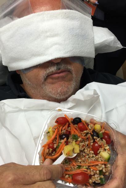 Se ve que tenían muy consentido a Raúl de Molina en el hospital. Pero el...