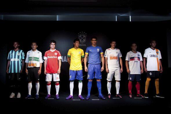 El nuevo uniforme del equipo del entrenador Mano Menezes será est...
