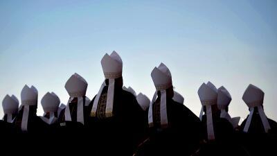 Obispos católicos