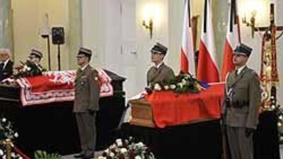Nube volcánica amenaza con limitar presencia internacional funeral Kaczy...