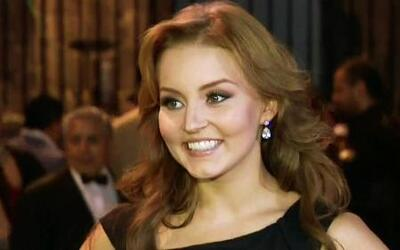 Angelique Boyer se refugia en su trabajo