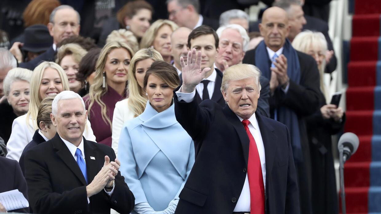Trump, junto al vicepresidente Pence y la Primera Dama en el Capitolio.