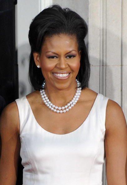Otro elemento clave en el 'look' de Michelle Obama ¡son las perlas! Herm...