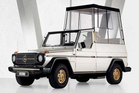 Mercedes-Benz Gelandewagen 230 G: Este vehículo fue uno de los primeros...