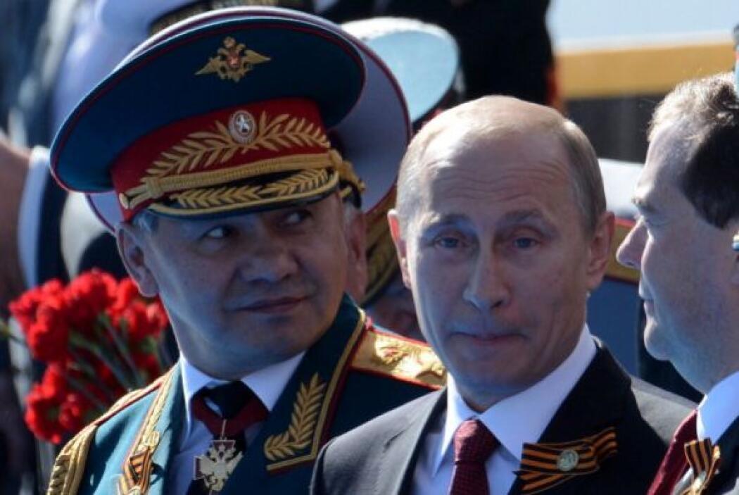 Vladimir Putin viajó luego a Crimea donde también encabezó los festejos.