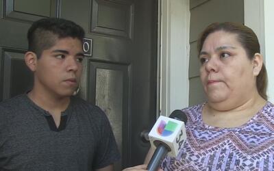 Familia de hispanos denuncia que su hijo fue agredido por dos perros pit...