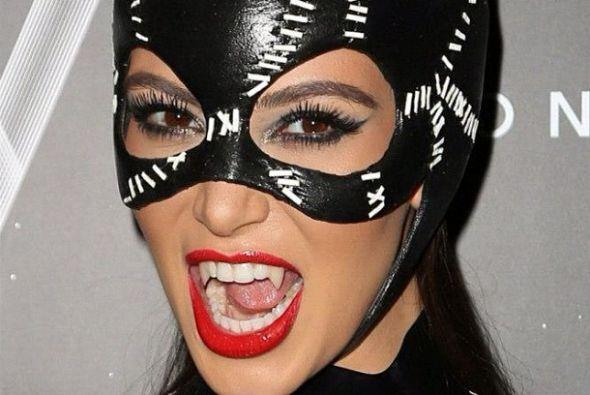 Su dentadura de fantasía, muy original. Mira aquí lo último en chismes.