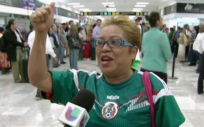 Fanáticos mexicanos reciben a El Tri con mucho amor