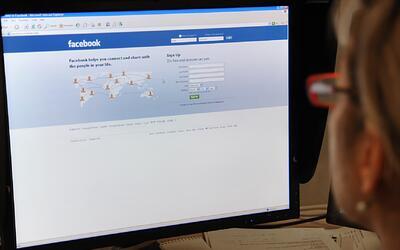 Facebook anuncia herramientas para denunciar 'porno venganza' o publicac...