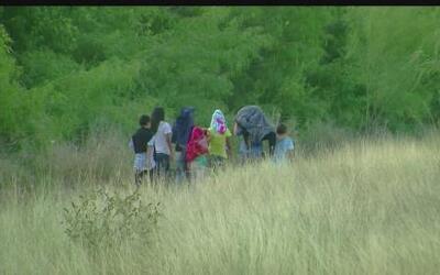 ¿Cómo ayudar a los niños de la frontera sin violar las reglas?
