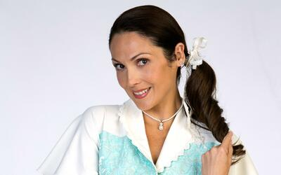Nora Salinas es Dulcina Samperio