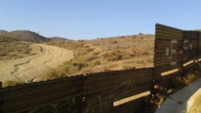 La PGR aseguró un predio en los límites de México y EEUU donde 39 migran...
