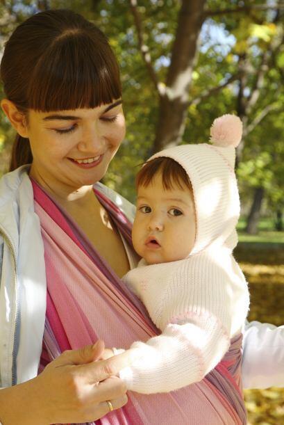 Esta forma de llevar a tu bebé ha ido aumentado, es una forma fácil, nat...