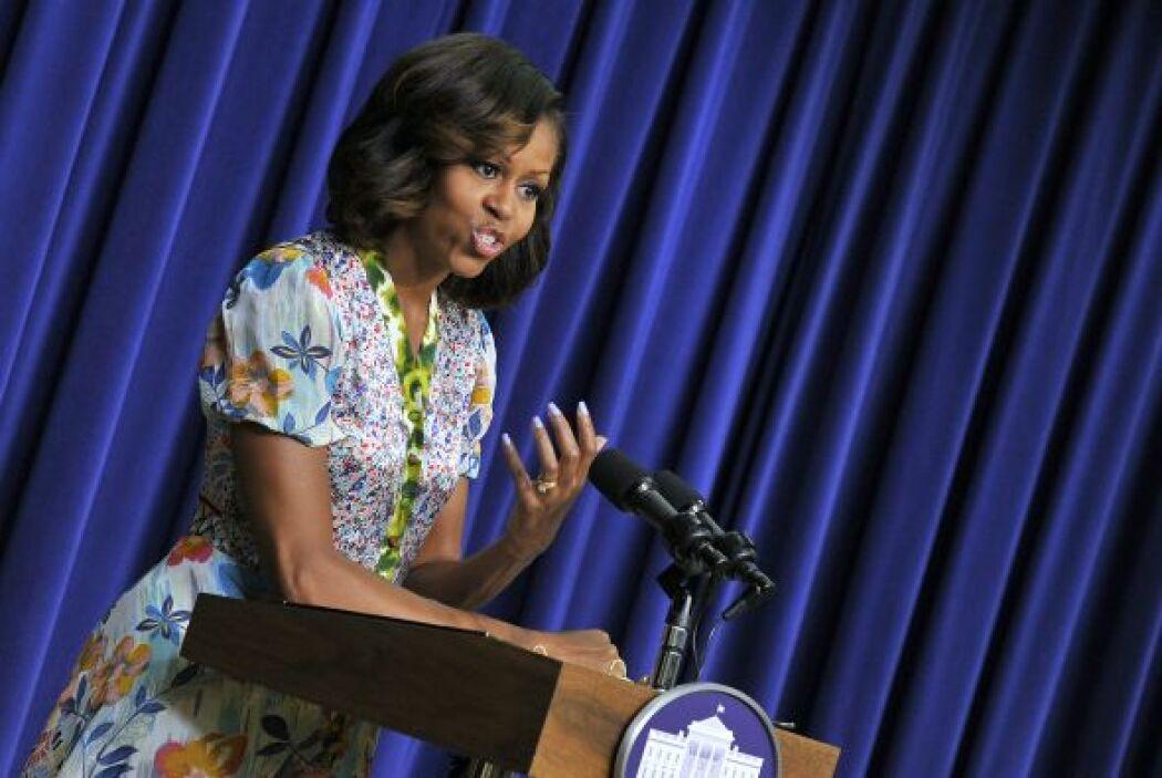 Las ondas que ahora usa en su peinado hacen ver a la Primera dama con un...