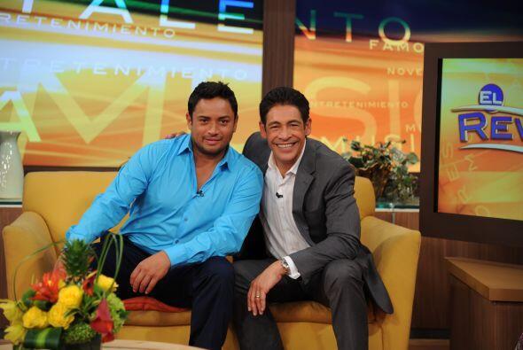 Manny Manuel y Johnny Lozada, dos puertorriqueños muy orgullosos, se ver...