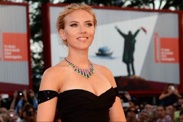 La hermosa estrella de cine llega a los 29 años más sexy q...
