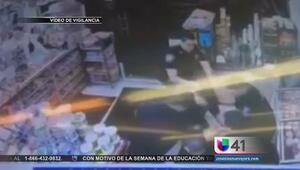 Violento encuentro entre policías y civil