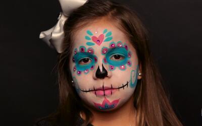 Tutorial: cómo maquillar a tus nenes para que luzcan como una Catrina