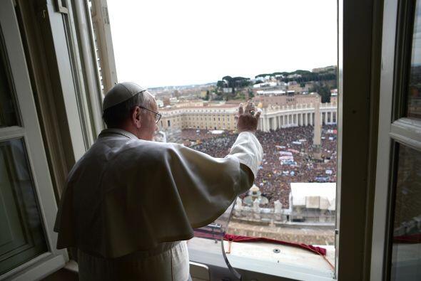El pontífice se dijo feliz por ese encuentro dominical ya que es importa...