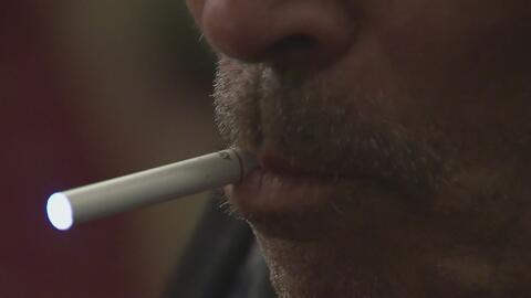 Schumer pide al gobierno federal retirar cigarrillos electrónicos del me...