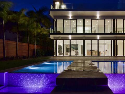 Floyd Mayweather compra mansión en La Gorce Island, Miami Beach