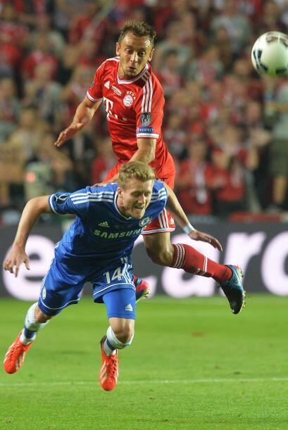 El Bayern de Múnich comenzó controlando el partido ante un Chelsea que d...