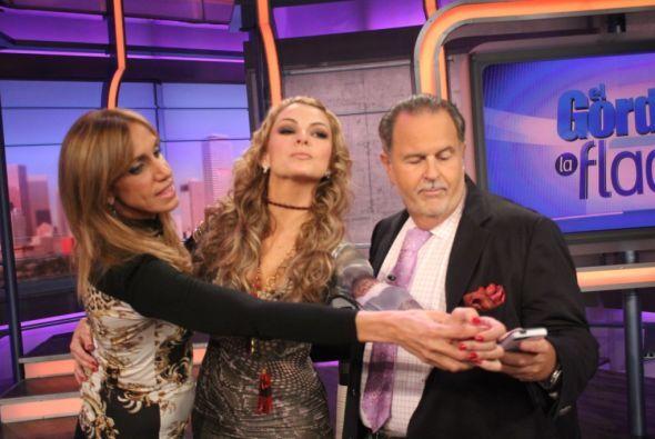La sexy actriz llegó para mostrar que va con todo a Mira Quién Baila.