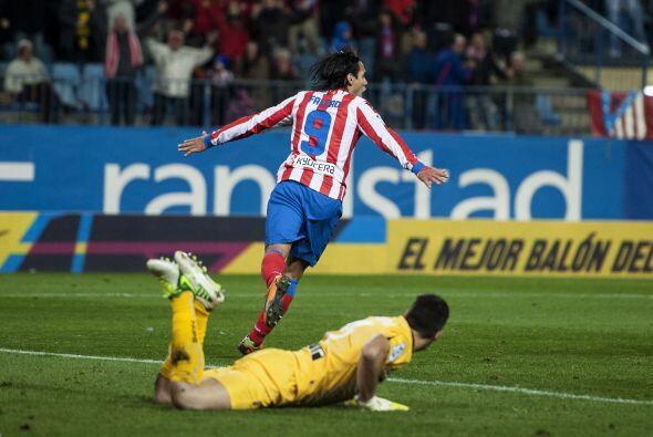 Radamel Falcao selló la victoria al firmar el 3-1 definitivo.