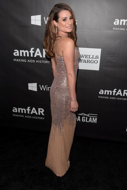 Lea Michelle como siempre fue una de las mejores vestidas de la noche.