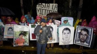 """""""Va a haber protestas, hasta que aparezcan los normalistas desaparecidos..."""